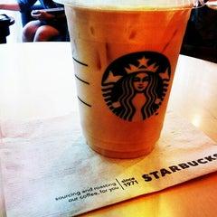 Photo taken at Starbucks (สตาร์บัคส์) by NadiaTz l. on 11/4/2012