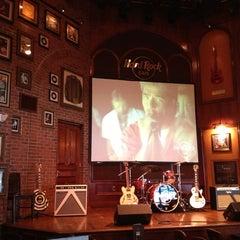 Photo taken at Hard Rock Cafe Memphis by Melissa B. on 6/14/2013