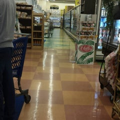 Photo taken at Compare Foods by Gustavo S. on 8/11/2013