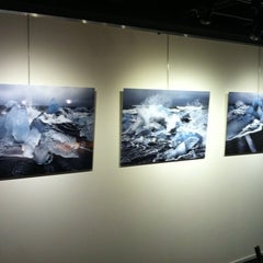 Photo taken at Galerie de Verdieping by Annemarie V. on 10/20/2012