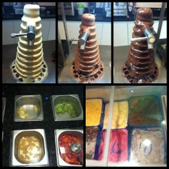 Photo taken at Mundo di Chocolate by Mariana F. on 12/1/2012