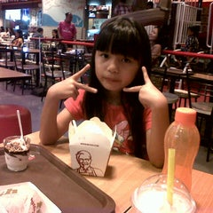 Photo taken at KFC by Livia K. on 1/14/2015