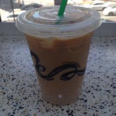 Photo taken at Starbucks by Roy L. on 8/1/2015