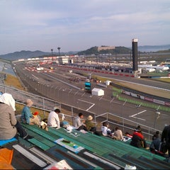Photo taken at ツインリンクもてぎ (Twin Ring Motegi) by Hiro M. on 10/13/2012