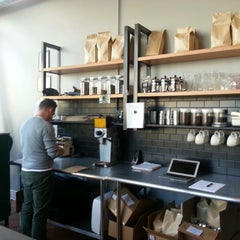 Photo taken at Big Shoulders Coffee by Mirko P. on 1/22/2013