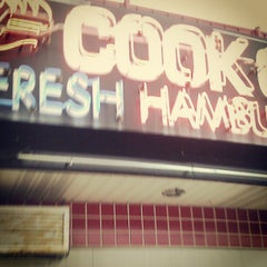 Photo taken at Cook Out by Aok M. on 10/29/2012