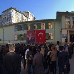 Photo taken at Harun Resit Ilkogretim Okulu by Engin T. on 11/10/2013