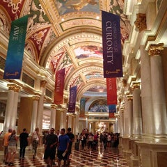 Photo taken at Venetian Resort & Casino by Suchitra G. on 5/31/2013