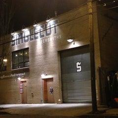 Photo taken at SingleCut Beersmiths by @AstoriaHaiku on 11/14/2012