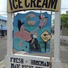 Photo taken at Flamingo Crossing Ice Cream by Kai ⚓ on 4/28/2015