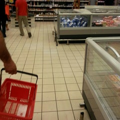 Photo taken at Carrefour Market LAFAYETTE by c moi t. on 6/18/2015