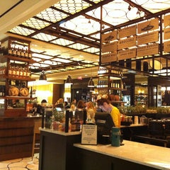 Photo taken at Todd English Food Hall by Minhee L. on 2/15/2013