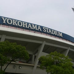 Photo taken at 横浜スタジアム (YOKOHAMA STADIUM) by Satoshi U. on 6/9/2013