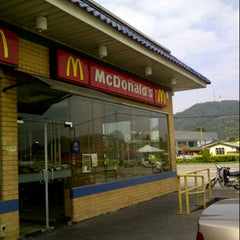 Photo taken at McDonald's by Freddy S. on 7/15/2012