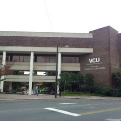 Photo taken at Virginia Commonwealth University (VCU) by Aleksandr Z. on 10/30/2012