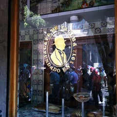 Foto tomada en Café de Tacuba por Oscar G. el 6/5/2013