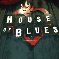 Photo taken at House of Blues by Rischard J. on 4/1/2013