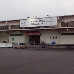 Photo taken at Terminal Cargo Bandara Juanda by Jefta H. on 12/27/2013