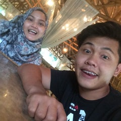 Photo taken at Restoran Istana Bambu by Faiz A. on 1/3/2016