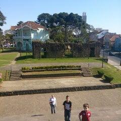 Photo taken at Ruínas de São Francisco by Dayan L. on 8/3/2013