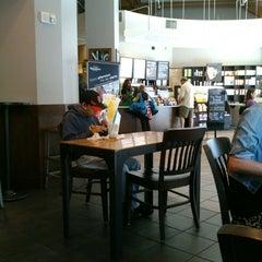 Photo taken at Starbucks by Kensuke G. on 7/5/2013