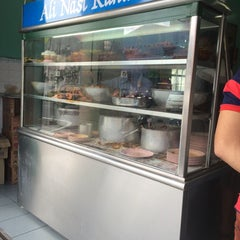 Photo taken at Restoran Nasi Kandar Ali by Anis H. on 5/2/2014