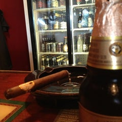 Photo taken at Harry's Cigar & Brew by Phillip T. on 6/15/2013