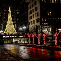 Photo taken at Place Ville Marie by Alan D. on 12/24/2015