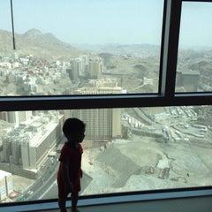 Photo taken at Mövenpick Hotel & Residences Hajar Tower Makkah by Ahmad Nazir A. on 7/21/2015