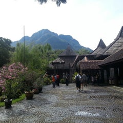 Photo taken at Sarawak Cultural Village by Priscilla N. on 10/21/2012