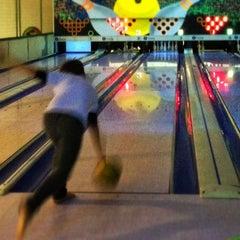 Photo taken at Via Bowling by Haroldo F. on 7/15/2013
