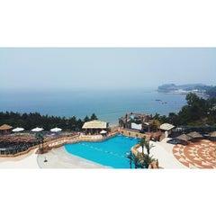 Photo taken at 대명리조트 변산 (Daemyong Resort BYEONSAN) by MK on 6/15/2015
