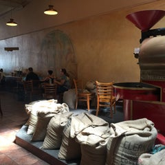 Photo taken at Coffee Roastery by Yuancheng Y. on 9/8/2015