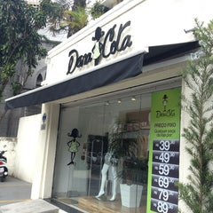 Photo taken at Boutique Dona Cota by Reinaldo F. on 3/30/2013