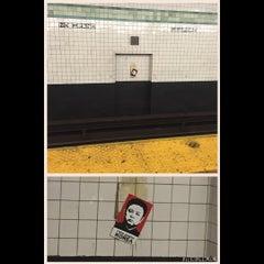 Photo taken at MTA Subway - Bedford/Nostrand Aves (G) by Leonardo S. on 8/30/2015