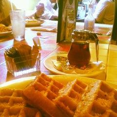 Photo taken at Johnny Mango World Café & Bar by Hannah K. on 6/27/2013