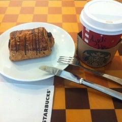 Photo taken at Starbucks by Ayseli on 1/14/2013