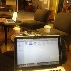 Photo taken at Starbucks by alvaro g. on 10/12/2012