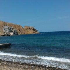 Photo taken at Arka Deniz by Asena S. on 8/9/2015