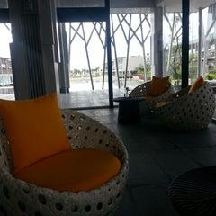 Photo taken at Khaolak Seaview Resort & Spa (เขาหลักซีวิวรีสอร์ทแอนด์สปา) by NO F. on 11/21/2012