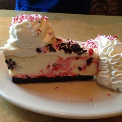 Photo taken at The Cheesecake Factory by Marcos H. on 12/28/2012
