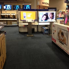 Photo taken at Best Buy by La Ron W. on 6/16/2013