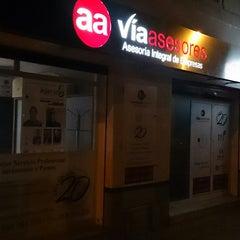 Photo taken at Vía Asesores by FERNANDO JOSE Z. on 11/24/2014