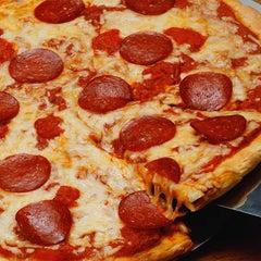 Photo taken at Villa Palermo Pizza by Villa Palermo Pizza on 7/10/2015