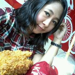 Photo taken at KFC by Lan M. on 5/3/2013
