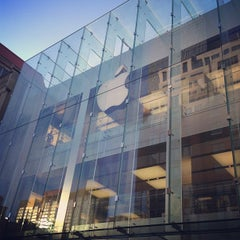 Photo taken at Apple Store, Boylston Street by David L. on 5/27/2013
