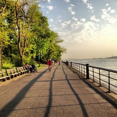 Photo taken at Riverside Park by Jake S. on 5/15/2013