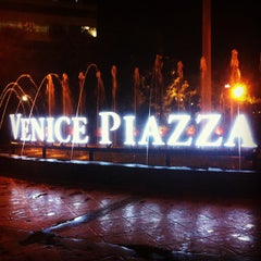 Photo taken at The Venice Piazza by Tolits Viado B. on 7/30/2013