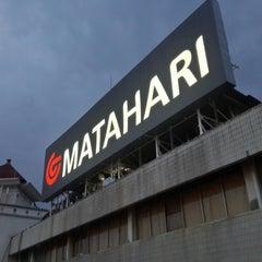 Photo taken at Matahari by Fatur R. on 1/23/2015