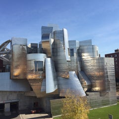 Photo taken at Frederick R. Weisman Art Museum by Andrew R. on 10/23/2015
